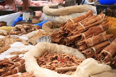 Madagascar spices cinnamon